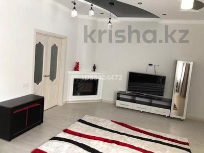 2-комнатная квартира, 102 м², 1/5 этаж, проспект Тауелсиздик 16 за 24 млн 〒 в Актобе, мкр. Батыс-2 — фото 13