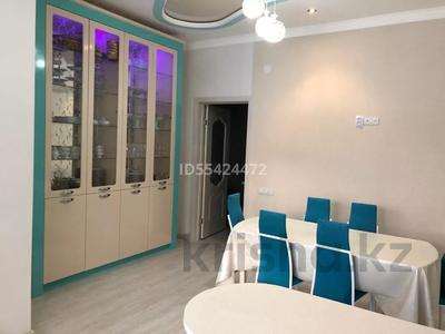 2-комнатная квартира, 102 м², 1/5 этаж, проспект Тауелсиздик 16 за 24 млн 〒 в Актобе, мкр. Батыс-2 — фото 9