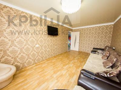 2-комнатная квартира, 56 м², 5/5 этаж посуточно, Ауэзова 161 — Абая за 9 000 〒 в Петропавловске — фото 2