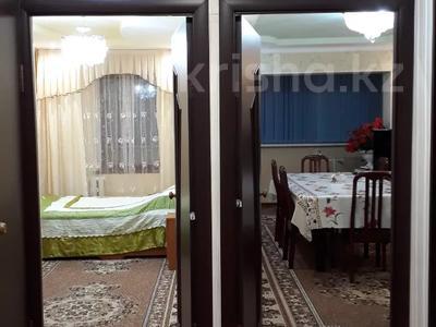 3-комнатная квартира, 56 м², 4/5 этаж помесячно, 5-й мкр 26 за 120 000 〒 в Актау, 5-й мкр