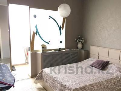 2-комнатная квартира, 53 м², 9/9 этаж, Гагарина — Джандосова за 20 млн 〒 в Алматы, Бостандыкский р-н — фото 14