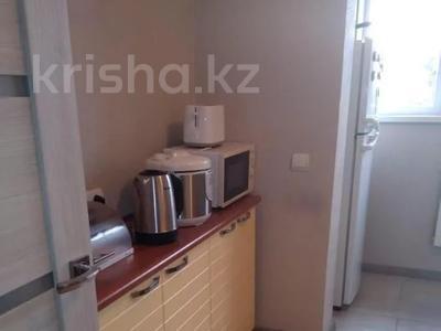 2-комнатная квартира, 53 м², 9/9 этаж, Гагарина — Джандосова за 20 млн 〒 в Алматы, Бостандыкский р-н — фото 9