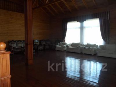 7-комнатный дом, 420 м², 27 сот., Луначарского за 180 млн 〒 в Щучинске — фото 9
