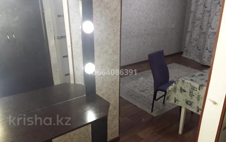 1-комнатная квартира, 35 м², 2/5 этаж посуточно, 3 мкр 2 за 5 000 〒 в Таразе