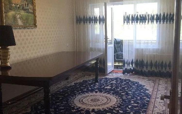 3-комнатная квартира, 58 м², 2/5 этаж, проспект Республики за 14 млн 〒 в Шымкенте