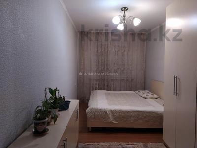 3-комнатная квартира, 70 м², 6/9 этаж, мкр Аксай-2, Мкр Аксай-2 за 26 млн 〒 в Алматы, Ауэзовский р-н