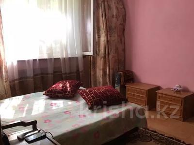 2-комнатная квартира, 53 м², 1/5 этаж, мкр Аксай-2А, Саина — Елемесова за 14.8 млн 〒 в Алматы, Ауэзовский р-н — фото 10