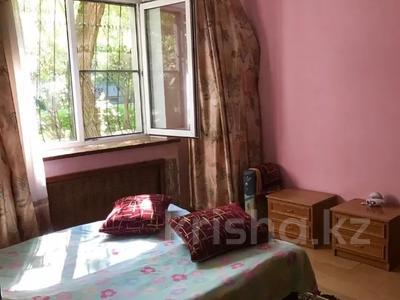 2-комнатная квартира, 53 м², 1/5 этаж, мкр Аксай-2А, Саина — Елемесова за 14.8 млн 〒 в Алматы, Ауэзовский р-н — фото 11