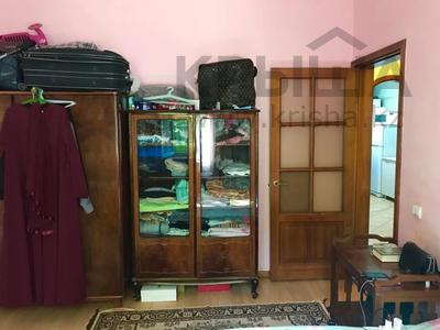 2-комнатная квартира, 53 м², 1/5 этаж, мкр Аксай-2А, Саина — Елемесова за 14.8 млн 〒 в Алматы, Ауэзовский р-н — фото 12