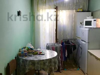 2-комнатная квартира, 53 м², 1/5 этаж, мкр Аксай-2А, Саина — Елемесова за 14.8 млн 〒 в Алматы, Ауэзовский р-н — фото 4