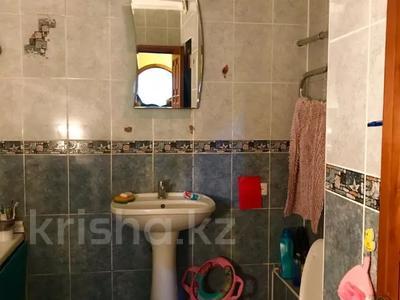 2-комнатная квартира, 53 м², 1/5 этаж, мкр Аксай-2А, Саина — Елемесова за 14.8 млн 〒 в Алматы, Ауэзовский р-н — фото 9