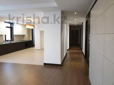 4-комнатная квартира, 135 м², 5/25 этаж, Нажимеденова 4 за 81 млн 〒 в Нур-Султане (Астана), Алматинский р-н — фото 3
