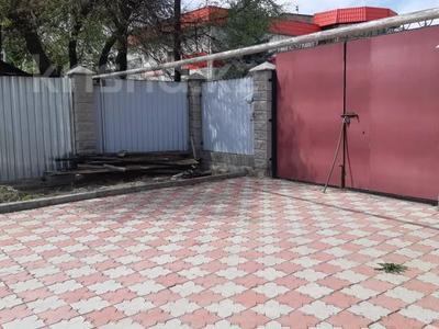 2-комнатный дом, 64.4 м², 3 сот., Нусупбекова 228/7 за 25 млн 〒 в Алматы, Жетысуский р-н — фото 2