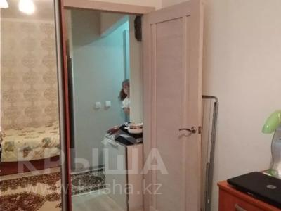 2-комнатная квартира, 42 м², 1/5 этаж, Таха Хусейна 13 за 15 млн 〒 в Нур-Султане (Астана), р-н Байконур — фото 2