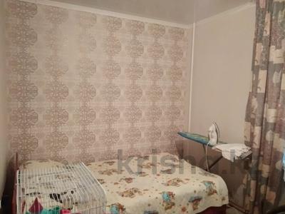 2-комнатная квартира, 42 м², 1/5 этаж, Таха Хусейна 13 за 15 млн 〒 в Нур-Султане (Астана), р-н Байконур — фото 3