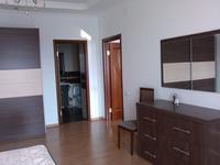3-комнатная квартира, 150 м² на длительный срок, Достык 97 за 500 000 〒 в Алматы
