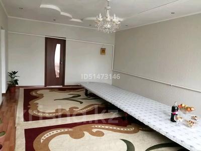 8-комнатный дом, 200 м², 9 сот., Майлина 91 — Досбол би за 16 млн 〒 в  — фото 3