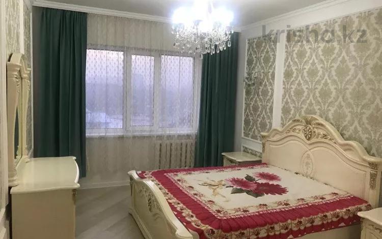 2-комнатная квартира, 61 м², 4/5 этаж помесячно, Сатпаева 80 — Розыбакиева за 180 000 〒 в Алматы, Бостандыкский р-н