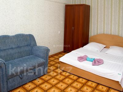 1-комнатная квартира, 30 м², 2/5 этаж посуточно, Интернациональная улица 59 за 5 500 〒 в Петропавловске