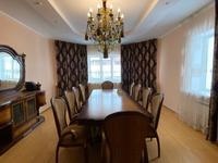6-комнатный дом помесячно, 360 м², 10 сот.
