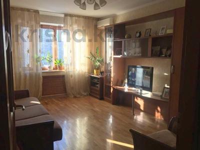 3-комнатная квартира, 70 м², 4/5 этаж, Кабанбай Батыра — Байзакова за 33.5 млн 〒 в Алматы, Алмалинский р-н