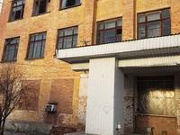 Здание, площадью 2100 м²