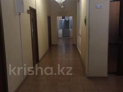 Офис площадью 300 м², Туркестнаская 67 — Казыбек би за 400 000 〒 в Шымкенте, Аль-Фарабийский р-н — фото 5