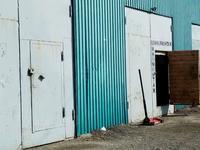2 гаража с сосмотровой ямой и оборудование