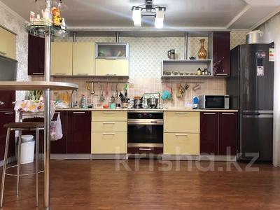 3-комнатная квартира, 93 м², 3/5 этаж, Кенесары 84 за 25.2 млн 〒 в Нур-Султане (Астана), р-н Байконур — фото 6