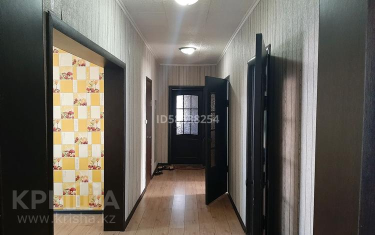 7-комнатный дом, 220 м², 10 сот., 7 улица 10 за 25 млн 〒 в