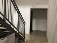 Здание, площадью 836 м²