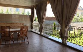 6-комнатный дом, 400 м², 15 сот., Х. Дулати — Аль-Фараби за 295 млн 〒 в Алматы, Бостандыкский р-н