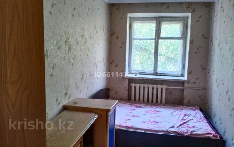 3-комнатная квартира, 54.6 м², 2/4 этаж, 82 квартал 14 — Каржаубайулы Абая за 11 млн 〒 в Семее
