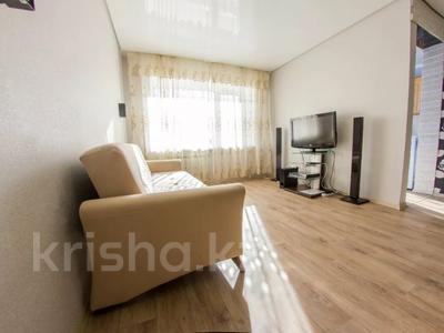 1-комнатная квартира, 33 м², 3/5 этаж посуточно, Жамбыл Жабаева 137 — Букетова за 6 500 〒 в Петропавловске — фото 3