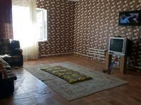 3-комнатный дом помесячно, 120 м², 9 сот.