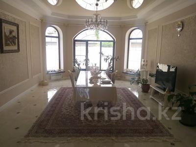 5-комнатный дом, 240 м², 10 сот., Самал1.ул Жанбосынова 882А — Хайрулина за 65 млн 〒 в Шымкенте, Абайский р-н — фото 6