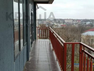 6-комнатная квартира, 300 м², 5/6 этаж, М Маметова 89 за 70 млн 〒 в Шымкенте, Енбекшинский р-н — фото 17