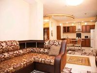 3-комнатная квартира, 110 м², 2/25 этаж посуточно, Абиша Кекилбайулы 270 за 22 000 〒 в Алматы, Бостандыкский р-н