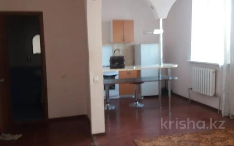 2-комнатная квартира, 42 м², 6/6 этаж, проспект Абая 78 за 12 млн 〒 в Нур-Султане (Астана), р-н Байконур