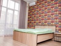 1-комнатная квартира, 30 м², 2/12 этаж посуточно, мкр 11 144б/2 за 7 999 〒 в Актобе, мкр 11