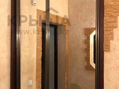 2-комнатная квартира, 75 м², 3/17 этаж помесячно, Бактыораза Бейсекбаева 2 — Иманова за 135 000 〒 в Нур-Султане (Астана), р-н Байконур — фото 6
