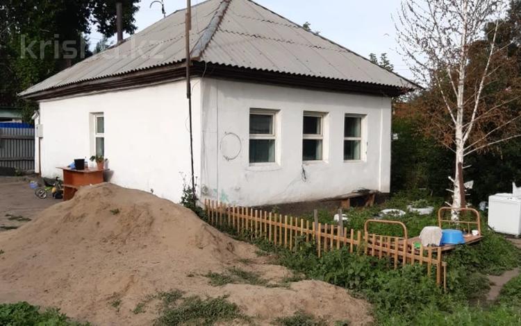 4-комнатный дом, 40.5 м², 6 сот., Песчанная 10 за ~ 5.4 млн 〒 в Усть-Каменогорске