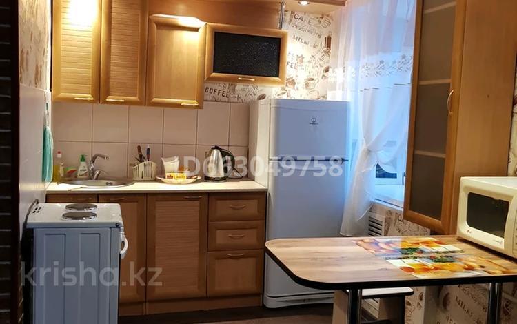 1-комнатная квартира, 29.4 м², 1/4 этаж посуточно, Лермонтова 47 — Сатпаева за 5 000 〒 в Павлодаре