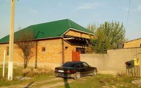6-комнатный дом, 150 м², 20 сот., РМЗ ул. Аубакирова 18-20 — За переездом ж/д за 60 млн 〒 в Туркестане