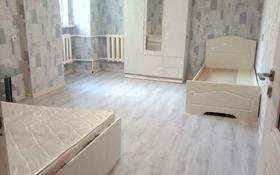 2-комнатная квартира, 71 м², 2/9 этаж помесячно, мкр Аксай-2, Мкр Аксай-2 53 — Саина за 120 000 〒 в Алматы, Ауэзовский р-н