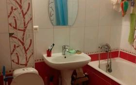 3-комнатная квартира, 62.5 м², 2/5 этаж, улица Торайгырова 63 — Сатпаева за 19 млн 〒 в Павлодаре