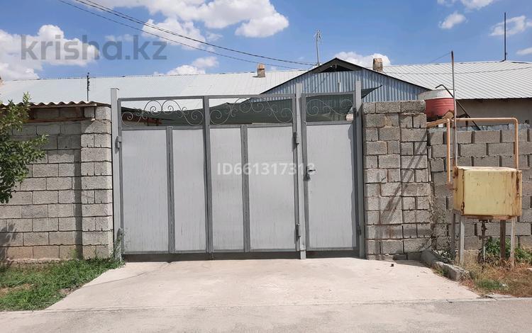 2-комнатная квартира, 62 м², 1/1 этаж, мкр Достык — Талжибек за 12 млн 〒 в Шымкенте, Каратауский р-н