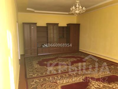 5-комнатный дом помесячно, 180 м², 10 сот., Бокейхана 82 за 150 000 〒 в  — фото 11