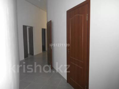 Здание, площадью 390 м², Жансугурова 3 А — Турысова за ~ 36 млн 〒 в Таразе — фото 4