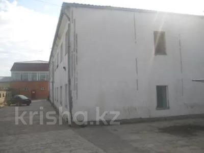 Здание, площадью 1966.6 м², Чехоева 15а за ~ 240.8 млн 〒 в Нур-Султане (Астана)